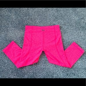 Under Armour Bright Pink athletic Capri pants